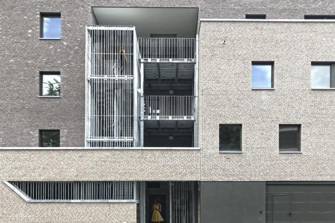 1000 façade avant zoom